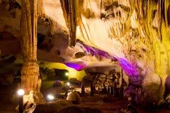 En la cueva de Orlova Chuka Foto de archivo libre de regalías