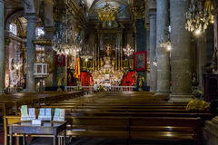 En la iglesia católica vieja Imagen de archivo