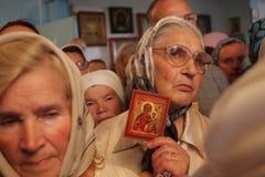 En la iglesia ortodoxa Foto de archivo libre de regalías