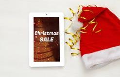 En la línea concepto de las compras del día de fiesta de la Navidad Imágenes de archivo libres de regalías
