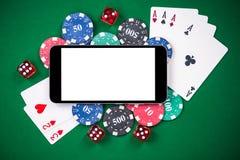 En la línea juego falso encima de plantilla Casino y póker imágenes de archivo libres de regalías