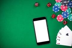En la línea juego falso encima de plantilla Casino y póker imagen de archivo