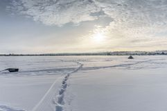 En la pesca del invierno Foto de archivo libre de regalías