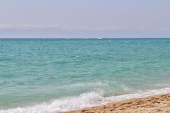 En la playa en el ` Estrac de Caldes d, España Imágenes de archivo libres de regalías