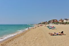 En la playa en el ` Estrac de Caldes d, España Imagenes de archivo
