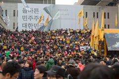 En la protesta de presidente Park Geun-hye Imágenes de archivo libres de regalías