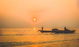 En la puesta del sol foto de archivo libre de regalías