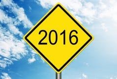 En la señal de tráfico 2016 Imagen de archivo