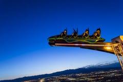 En la torre de la estratosfera de Las Vegas en la noche, Nevada fotos de archivo libres de regalías