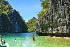 En lagun i El Nido Det är en 1st gruppkommun i landskapet av Palawan, Filippinerna arkivbild