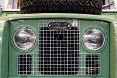 En 1948 Land Rover fond? est une marque du fabricant de voiture britannique Jaguar, qui se sp?cialise dans des v?hicules de quatr images libres de droits
