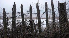 En las dunas a la playa en invierno metrajes