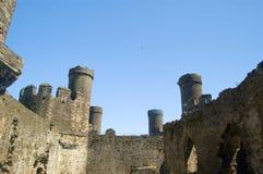 En las paredes del castillo Imágenes de archivo libres de regalías