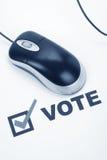 En ligne votant Images libres de droits
