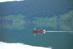 En liten fiskebåt i Kanada Arkivfoto
