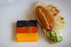 En liten frukost med en tysk brytning arkivfoto