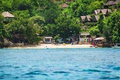 En liten strand på ön Arkivbild