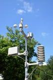 En liten väderstation Arkivfoto