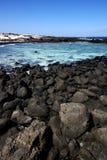En littoral et été d'étang de Lanzarote Images stock