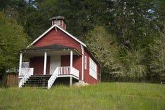 en lokalschoolhouse Arkivfoton