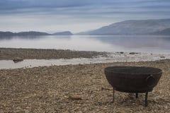 En los bancos de Loch Lomond fotos de archivo libres de regalías