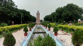 En majestätisk staty av Lord Buddha Arkivbilder