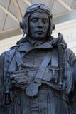 En man av bombplankommandominnesmärken Royaltyfri Bild
