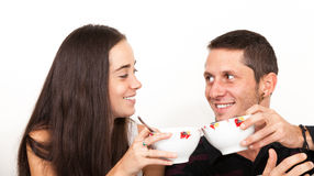 En man och en kvinnafrukost Arkivbilder
