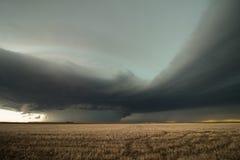 En massiv hög nederbördsupercellåskväder i östliga Colorado Arkivbild