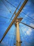 En mast på en segelbåt Royaltyfri Bild