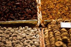 En matmarknad i Barcelona Royaltyfri Fotografi