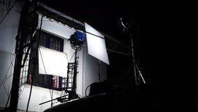 En metalllampbränning lager videofilmer