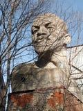 En modell av skulpturen VI Lenin på den Astradamskaya gatan i Moskva Arkivfoton