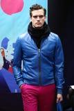 En modell går landningsbanan på den Stephen F modeshowen Royaltyfri Bild