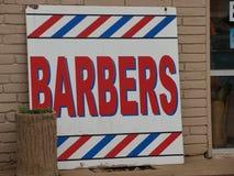 En modern version av den gamla Barber Pole Sign Works Just boten royaltyfria foton