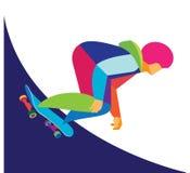 En modig ung man är skateboarderen Royaltyfri Foto
