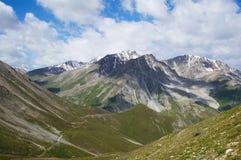 En montagnes de hight photographie stock libre de droits