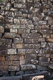 En mycket gammal stenvägg royaltyfri foto