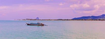 En mycket härlig panoramasikt av Ko Yao Yai öar, Phang Nga, fotografering för bildbyråer