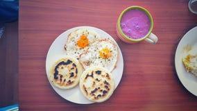En näringsrik frukost Royaltyfria Bilder