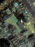 En nattsikt av Manhattan Arkivbilder
