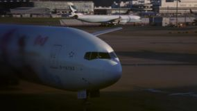 En nivå ankom till Hong Kong International Airport i Chek Lap Kok Island arkivfilmer