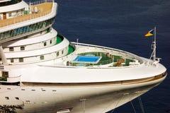 En närbild av azuraen för passagerareskepp Royaltyfri Foto