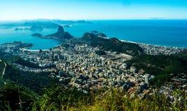 En observationspunkt på Sugar Mountain & x28en; orca& x29; i Rio de Janeiro Brasilien Royaltyfria Bilder