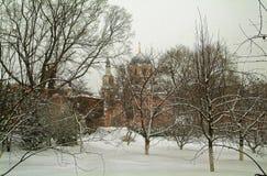 En ortodox kyrka i Moskva Royaltyfri Bild