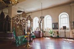 En ortodox kyrka på en sommarmorgon 6681 arkivfoto
