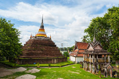 En pagod av den Ratburanah templet Arkivbilder