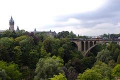En panoramasikt av den Luxembourg staden Arkivbilder