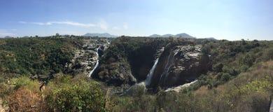 En panoramautsikt av Barachukkien faller i södra Karnataka Royaltyfri Foto