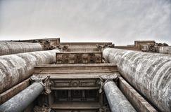 En particulier la colonnade de St Peter Photographie stock libre de droits